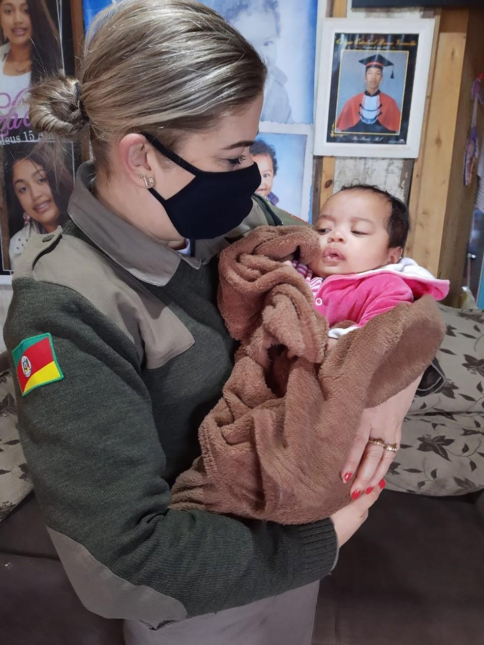 Soldado conta que nunca tinha passado por uma situação parecida  — Foto: Divulgação / Brigada Militar