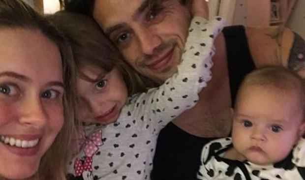 Mari Bridi com Rafael Cardoso e os filhos, Aurora e Valentim (Foto: Reprodução/Instagram)
