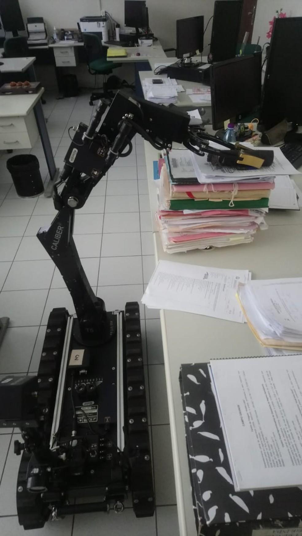 Robô usado durante a ação do Bope em MS  — Foto: Bope/reprodução