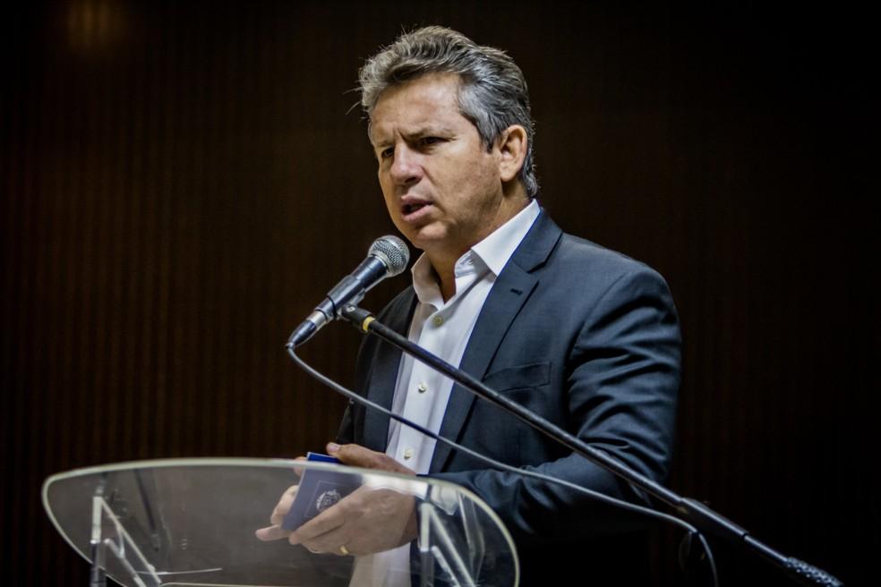 Mauro Mendes (DEM) diz que retomada depende desse estudo — Foto: Christiano Antonucci/Secom-MT