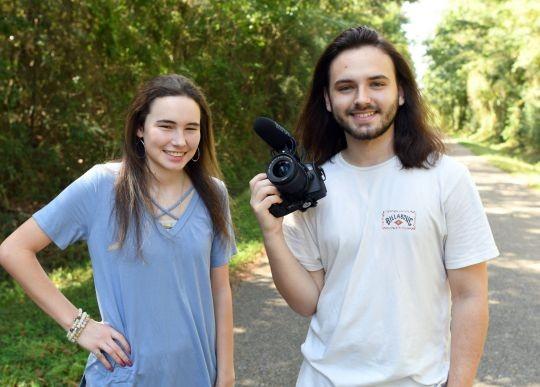 Tori Welford e um amigo (Foto: Reprodução Facebook)