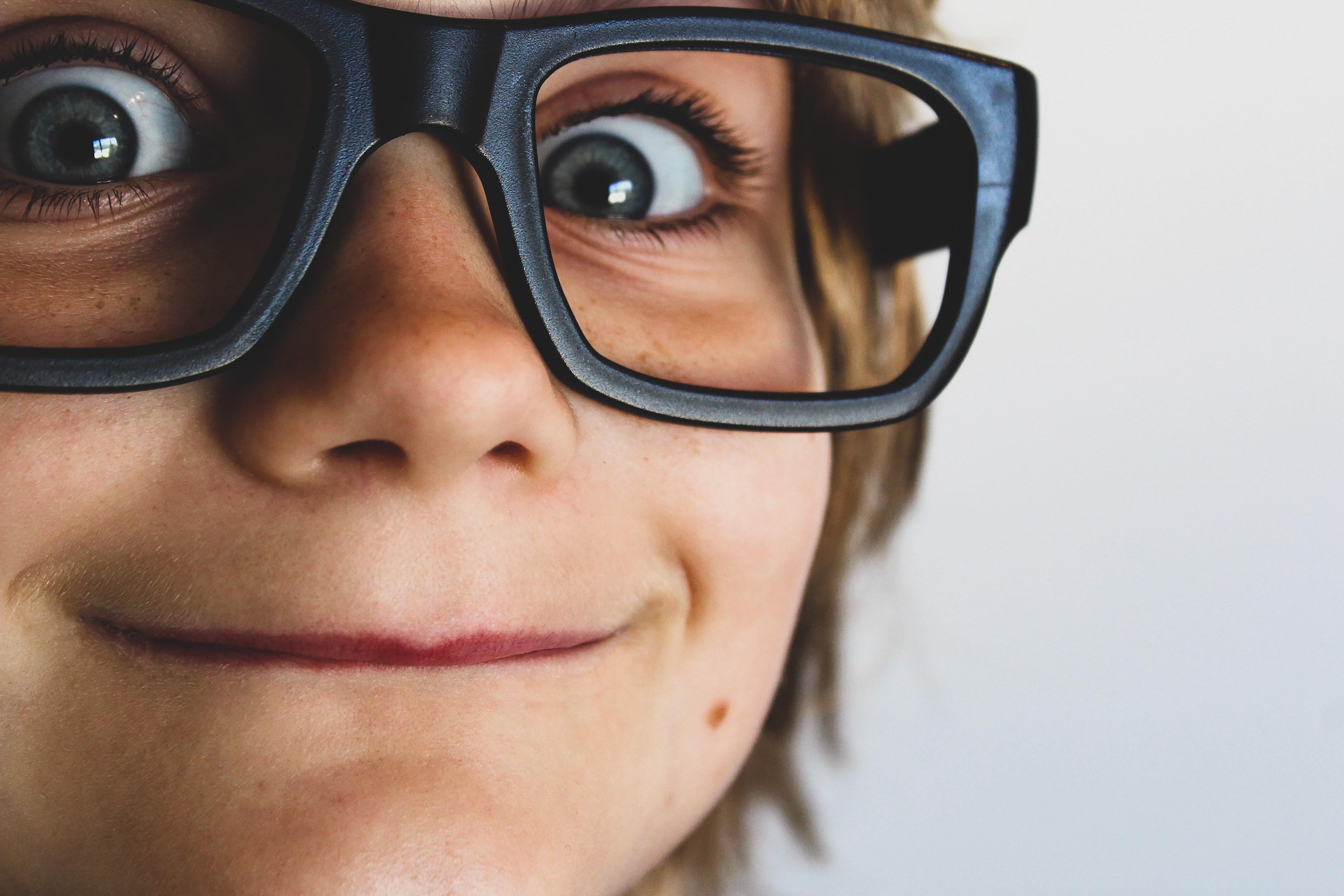 95273e2a6 Como cuidar da visão do seu filho - CRESCER   Crianças
