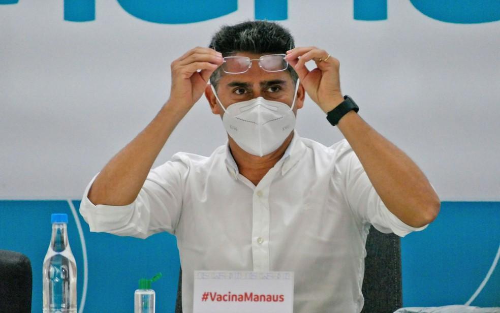 Ministério Público pede afastamento do prefeito de Manaus e mais 11 por suspeita de fraudes na vacinação contra Covid — Foto: Sandro Pereira/Fotoarena/Estadão Conteúdo