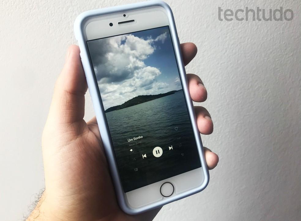 Editor Enlight Videoleap cria sobreposições de vídeos — Foto: Rodrigo Fernandes/TechTudo