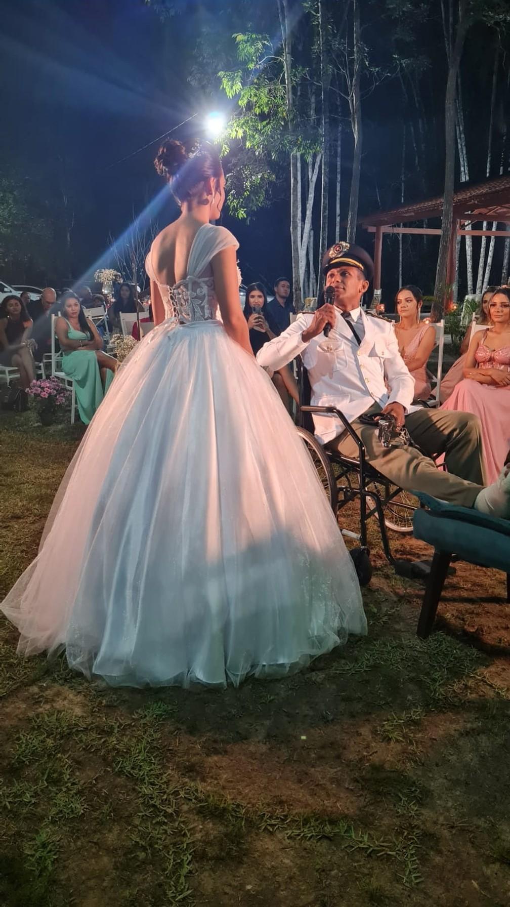 Casamento após acidente emocionou convidados em Araguaína — Foto: Divulgação/Messias Ribeiro