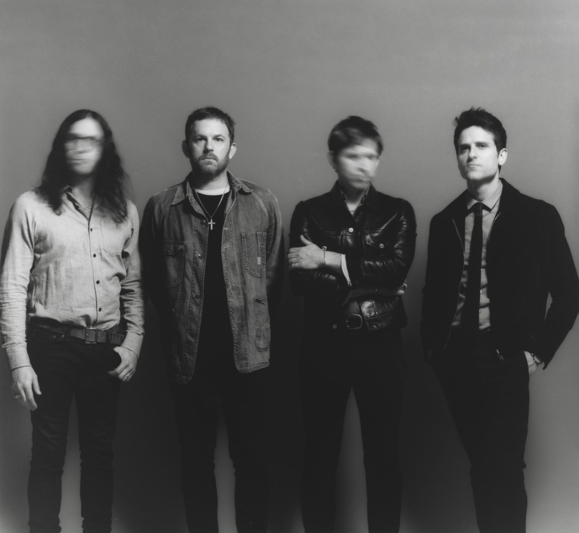 Kings of Leon troca guitarras e letras de sexo por rock épico com reflexões sobre o tempo
