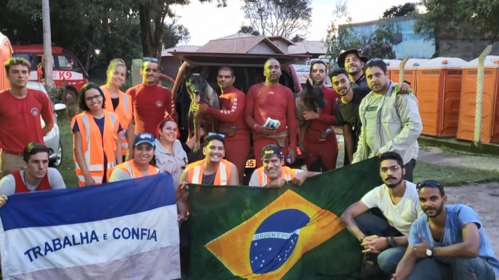 Equipe de militares ajudam no resgate de vítimas em Brumadinho, no ES — Foto: Divulgação/ Sesp