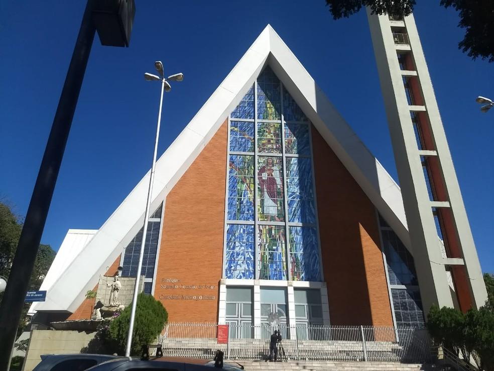 As igrejas católicas de Londrina informaram que seguem fechadas até dia 31 de julho — Foto: Eduardo Lhamas/RPC