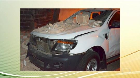 'É um monte de tiro': Motorista grava mega-assalto em SP