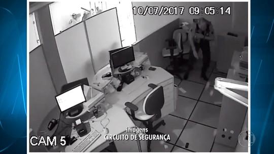 Câmeras registram momento em que vigilante é executado em tentativa de assalto em MG