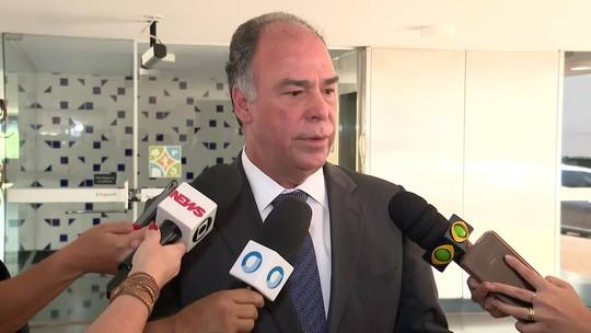 Eliane Cantanhêde: Bezerra Coelho coloca cargo à disposição após operação da PF