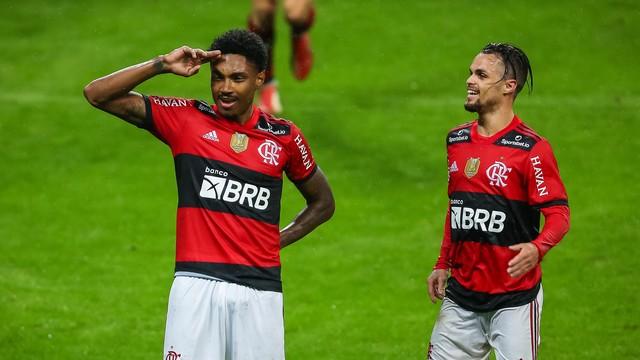 Flamengo atropela o Grêmio