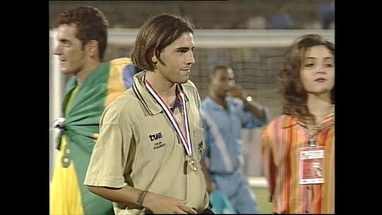Ele foi o melhor em um Mundial com Xavi e Ronaldinho. Hoje é empresário no mercado fitness