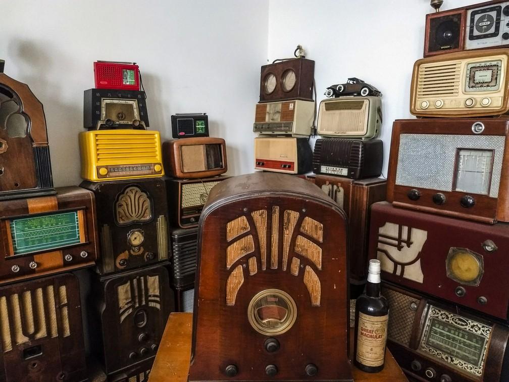 Aparelhos integram coleção de restaurador em São Carlos (Foto: Fabio Rodrigues/G1)