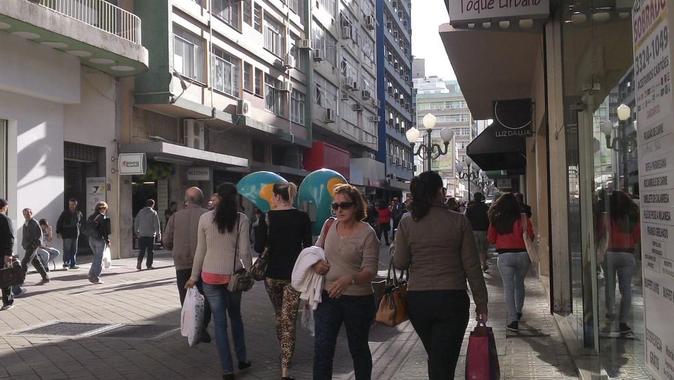 Maioria fará compras no comércio tradicional de rua, aponta pesquisa (Foto: Joana Caldas/G1)