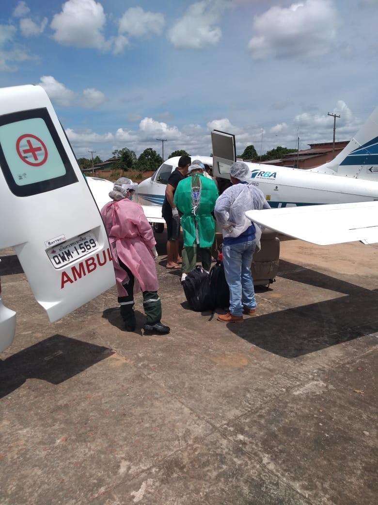 Idosa com sintomas de Covid-19 é transferida em avião de Santa Rosa do Purus, no AC, para Rio Branco