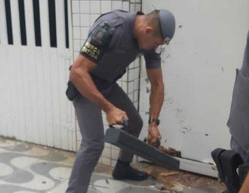 Policiais invadiram local de bingo clandestino para surpreender  — Foto: Divulgação
