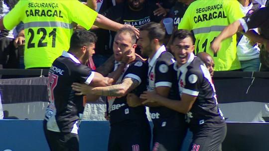 Bruno César faz golaço de falta e vira para o Vasco: 2 x 1 Flu