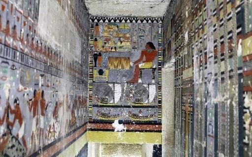 Duas tumbas são encontradas no Egito em ótimo estado de conservação
