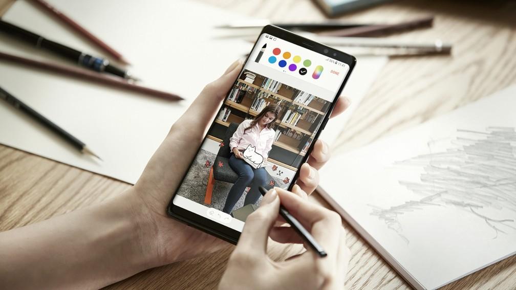 Galaxy Note 8 tem um display de 6,3 polegadas para funções que integram a caneta inteligente S Pen (Foto: Divulgação)