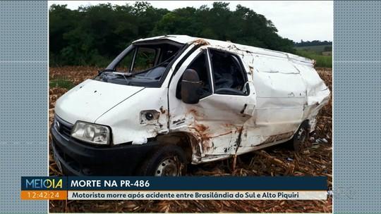 Motorista morre em acidente entre caminhão e van