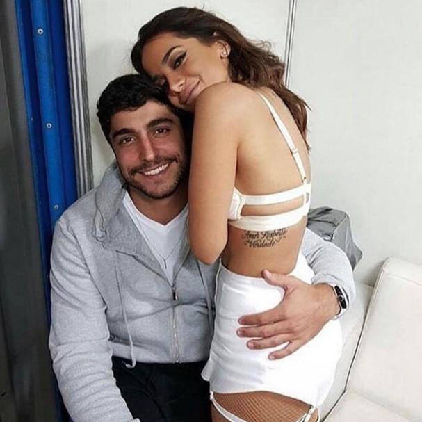 Anitta e o namorado, Thiago Magalhães (Foto: Instagram/Reprodução)