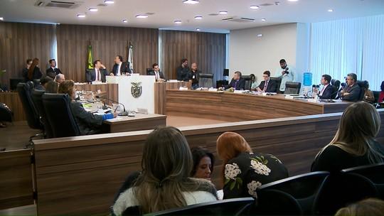 Deputados aprovam projeto que muda licença-prêmio de servidores estaduais