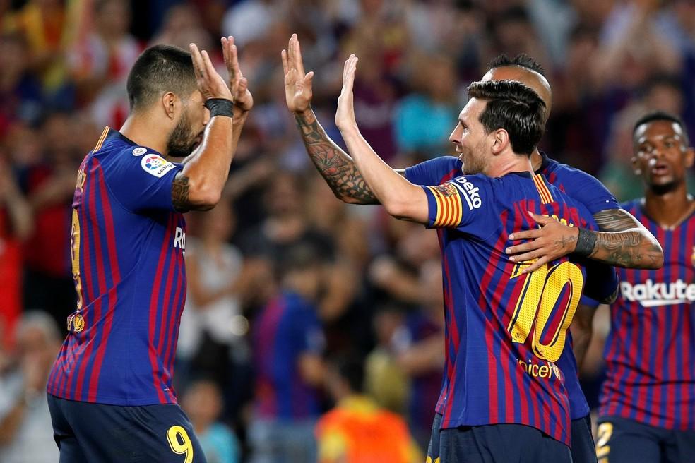 Barcelona de Messi e Suárez bateu recorde em arrecadação  — Foto: Albert Gea/Reuters
