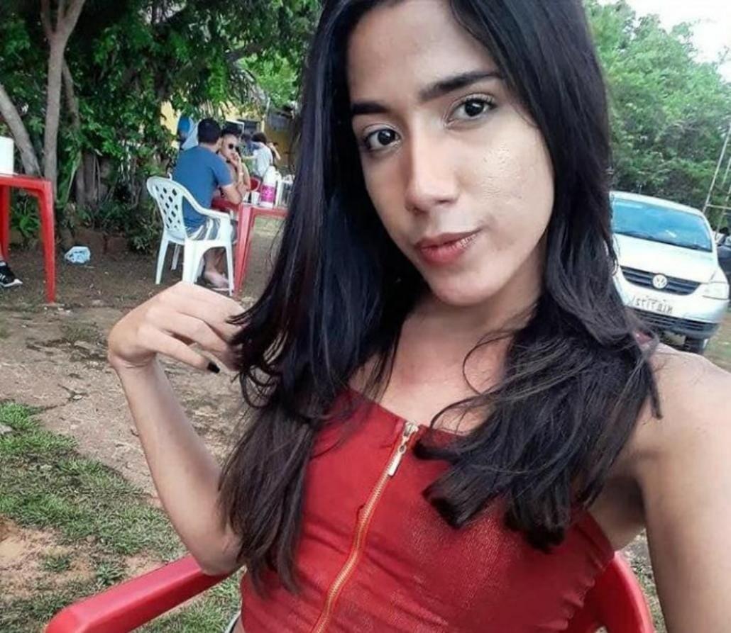 Jovem trans é morta com vários tiros perto de casa em Piripiri