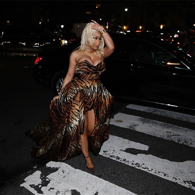 Nicki Minaj chegando para a festa da Harper's Bazaar, em Nova York (Foto: Instagram)