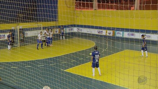 Lambari goleia Andradas por 4 a 1 e fica com o 3º lugar da Taça EPTV de Futsal