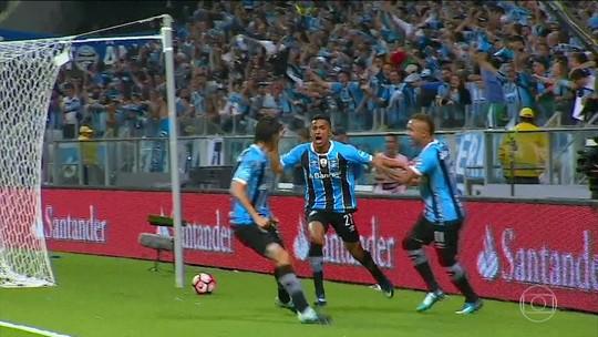 """Presidente do Lanús chama Renato de """"cirqueiro"""" e critica postura do Grêmio"""