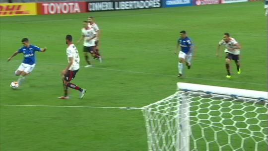 Cruzeiro de Mano joga no limite e garante classificações em mata-matas