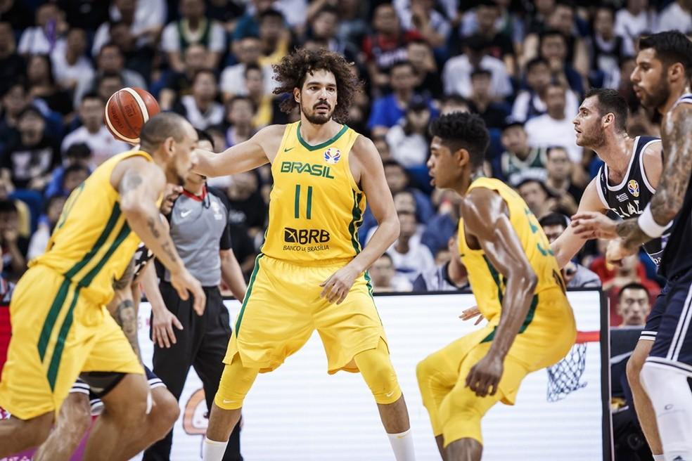 Copa do Mundo; Basquete; Fiba; Brasil; Grécia; Varejão — Foto: Divulgação/FIBA