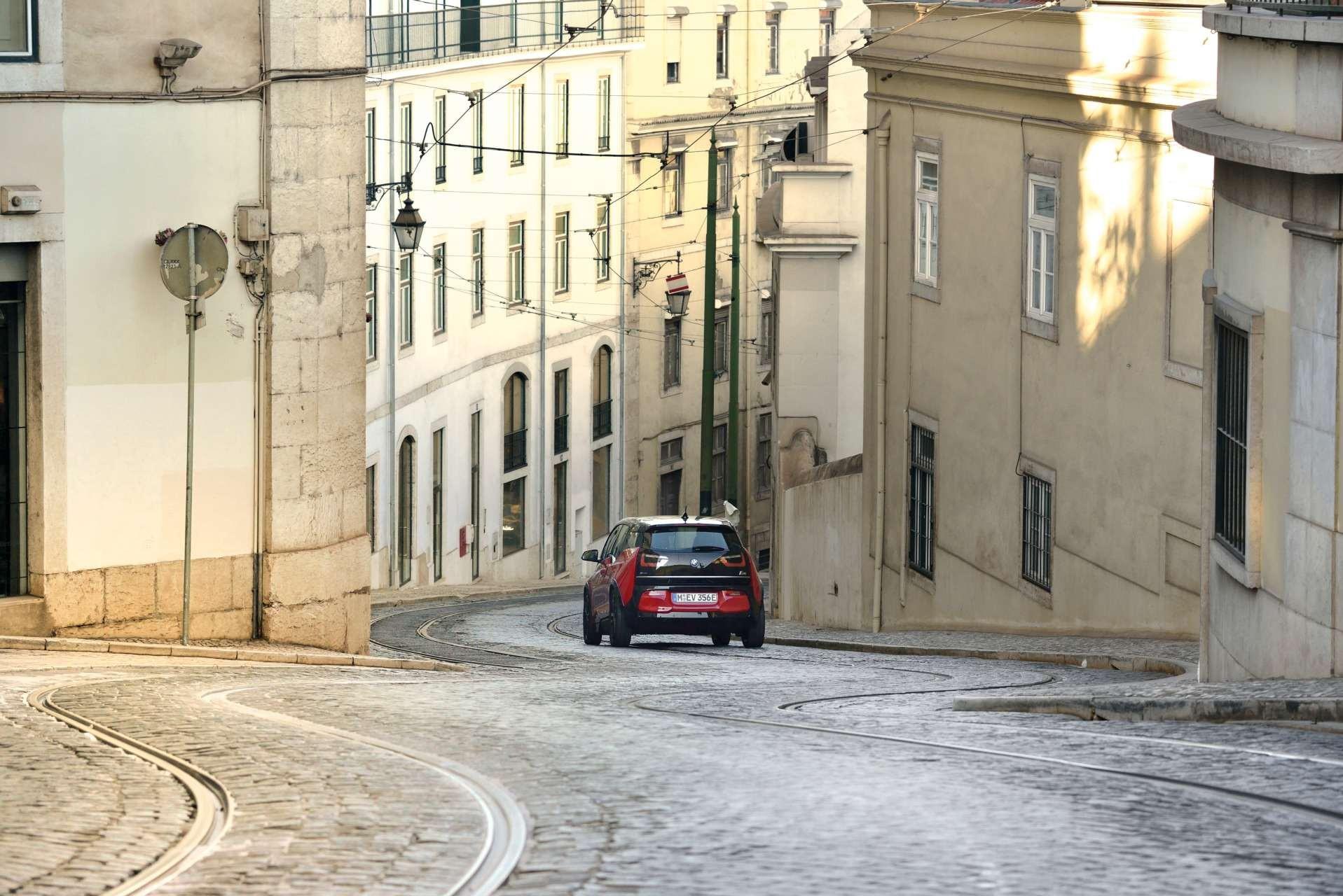 O BMW i3 Sport é um dos modelos elétricos que estão com tudo (Foto: Divulgação)