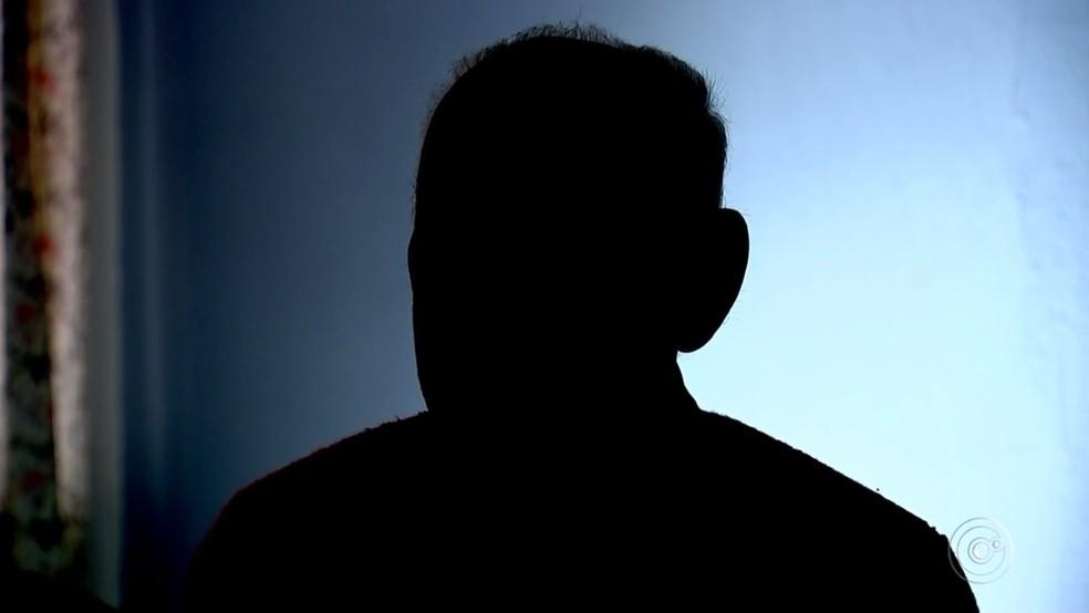 Vítima de Sorocaba teve a quantia levada pelos homens em casa (Foto: Reprodução/TV TEM)