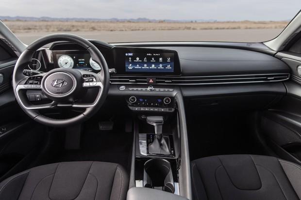 Hyundai Elantra 2021 - Painel (Foto: Divulgação/Hyundai )