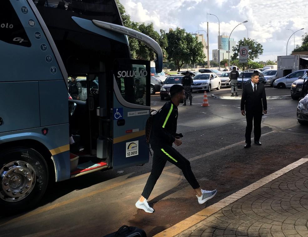 Seleção do Catar chega a Brasília para amistoso com o Brasil — Foto: Fabrício Marques