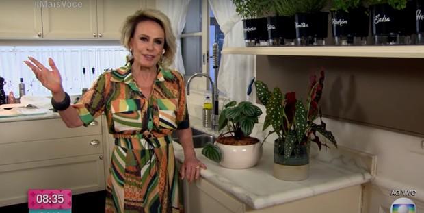 Ana Maria Braga mostra segunda cozinha intimista de mansão em SP (Foto: Reprodução / TV Globo)