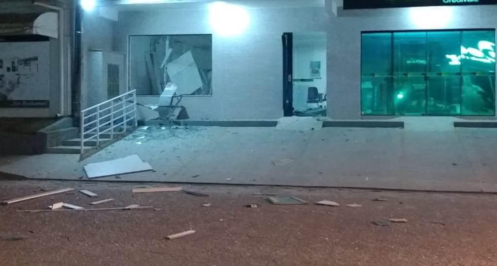 Cooperativa é arrombada e tem caixa eletrônico explodido em Rio Fortuna