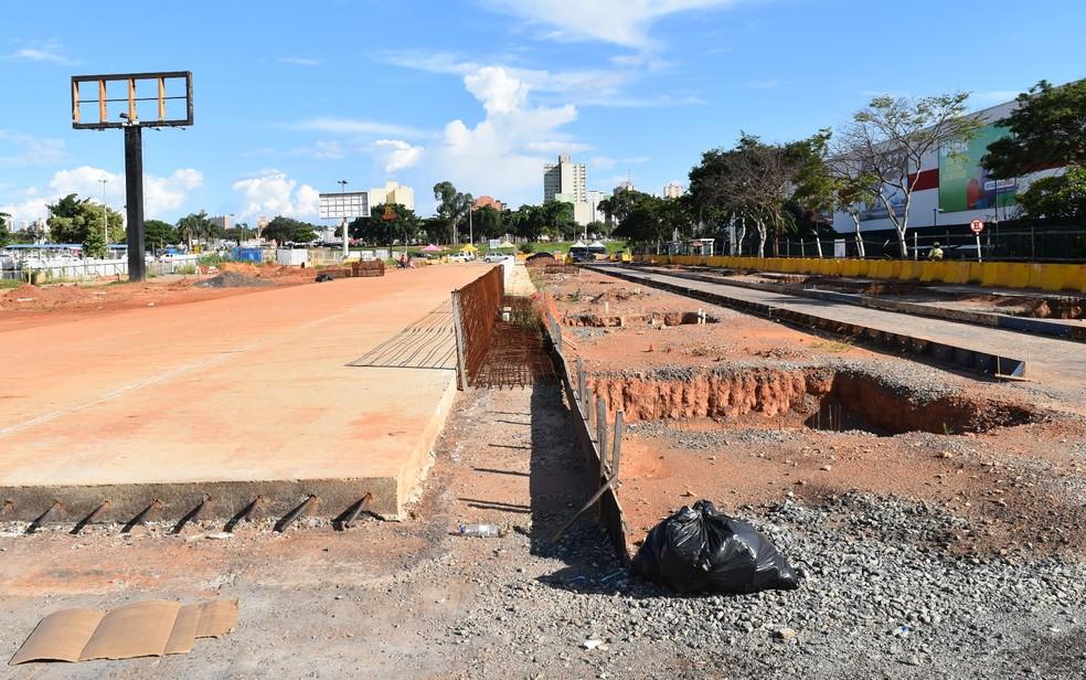 Obras do BRT já paralisaram duas vezes, em Goiânia (Foto: Paula Resende/ G1)