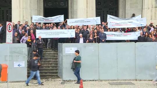Auditores da Receita Federal protestam no Centro do Rio