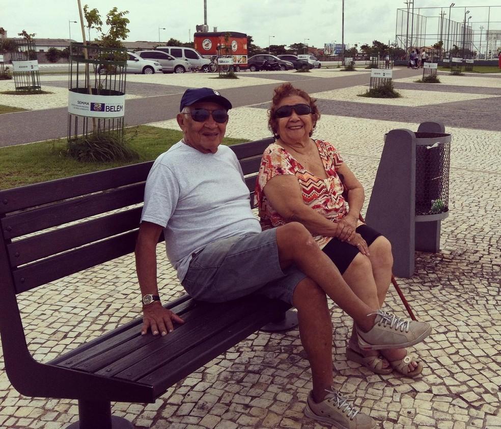 Silvio e Tereza nunca se separaram e estão casados há 73 anos.  — Foto: Arquivo pessoal
