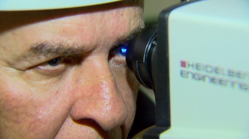 Degeneração Macular Relacionada à Idade (DMRI) leva à cegueira — Foto: Carlos Trinca/EPTV
