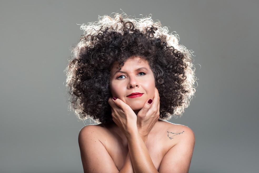 Roberta Campos apresenta onze canções autorais no quinto álbum de estúdio, 'O amor liberta' — Foto: Lucas Seixas / Divulgação