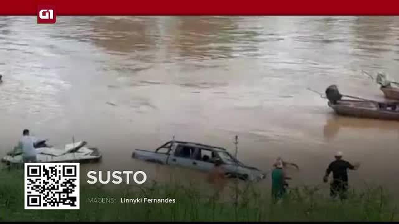 G1 em 1 minuto-AC: vídeo mostra caminhonete que caiu no rio