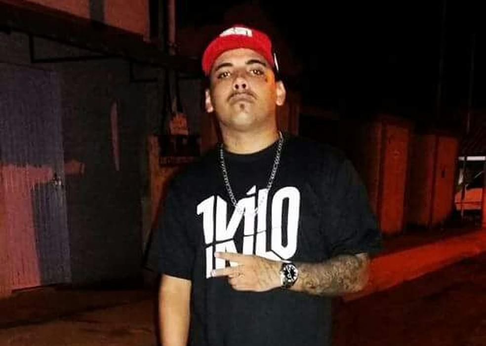 Jovem foi morto a tiros em bairro de Araguaína (Foto: Arquivo Pessoal)