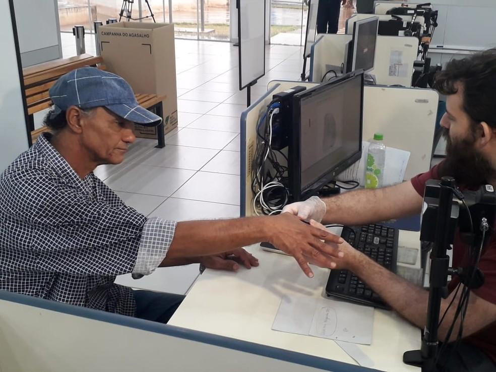 O eleitor que perdeu o prazo para registrar a biometria pode procurar o cartório eleitoral até 6 de maio de 2020 para regularizar a situação — Foto: Junior Paschoalotto/TV Fronteira