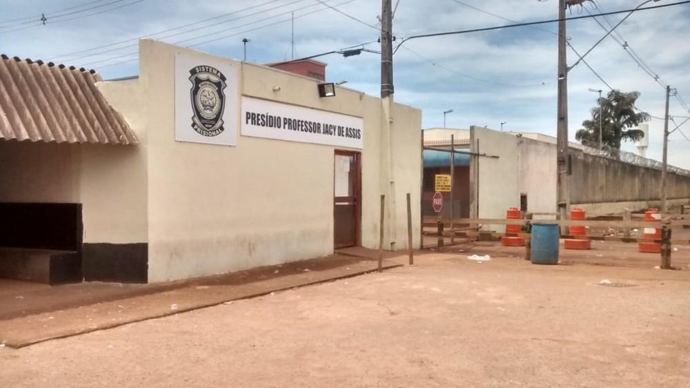 Unidades prisionais do Triângulo e Alto Paranaíba racionam água mesmo antes de medida proposta pelo governo