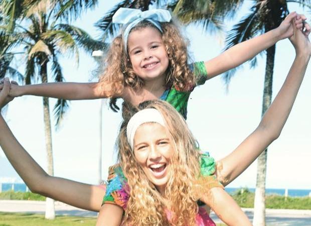 Debby Lagranha e a filha, Maria Eduarda (Foto: Reprodução/Instagram)